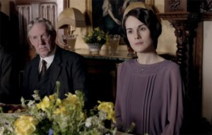 lady-mary-at-tenants-lunch